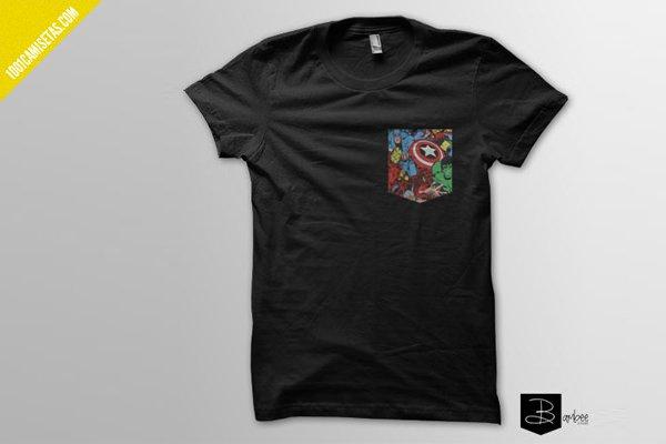Camiseta superheroes bolsillo