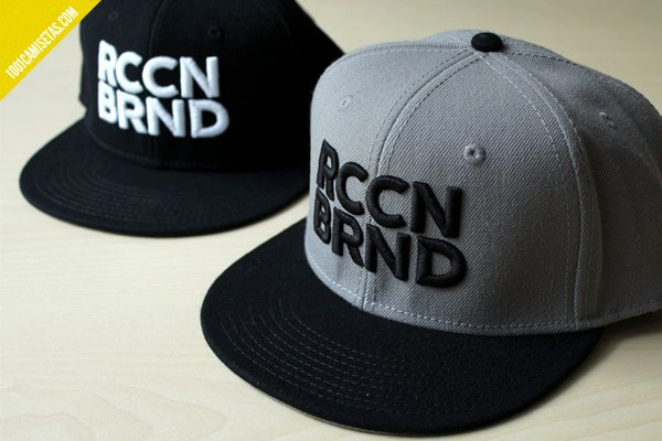 Gorras bordadas raccoon brand