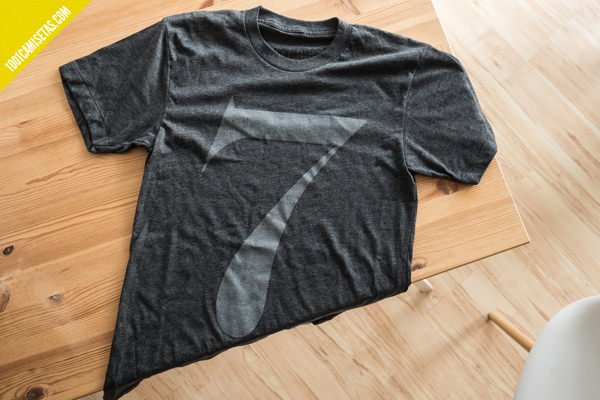 Camiseta semana diseño ugmonk