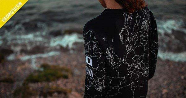 Camiseta print mapamundi