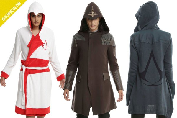 Chaquetas assassins creed hottopic